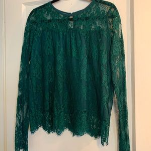 New! Emerald Green Lace Long-Sleeved Blouse
